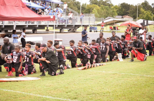 Texas youth team in anthem protest ends season early