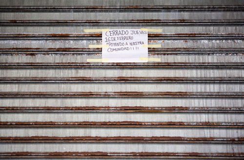 """A business is closed as immigrants take part in a """"Day Without Immigrants"""" on February 16, 2017, in Philadelphia, Pennsylvania. The sign reads, """"Closed on Thursday, February 16 to support our community!"""""""