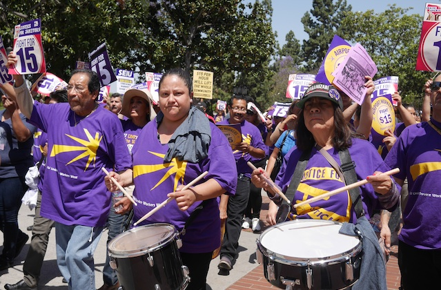 Fightfor15_3_041615.jpg