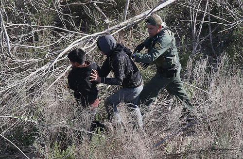 DHS to require that sponsors claiming custody of immigrant minors be fingerprinted.
