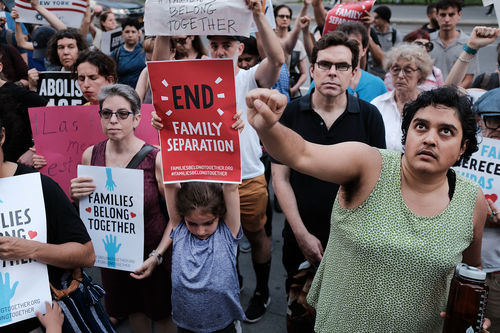 How You Can Support Detained Immigrant Families | Colorlines