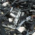 A large pile of guns