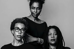 Simone Leigh, Amy Sherald and Lorna Simpson: Three Black women in black shirts look at the camera.